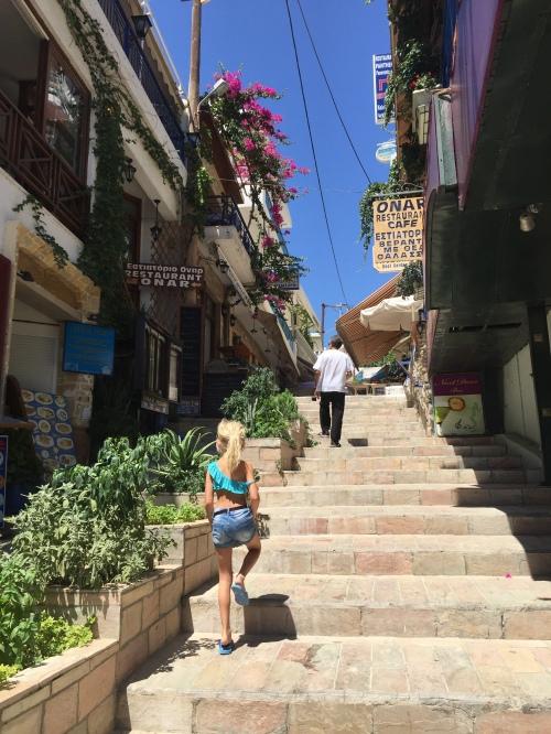 Escaliers restaurants Agia Galini Crète