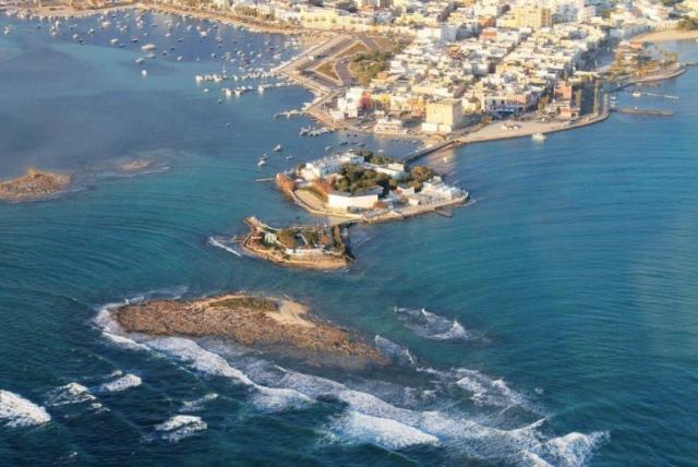 porto Cesareo vue de haut